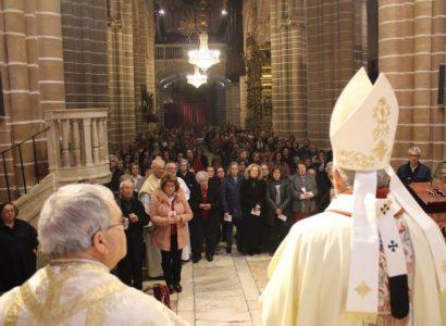 Solenidade de Cristo Rei: Pontifical celebrado na Catedral de Évora (com Homilia/ Fotos / Vídeo)