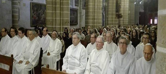 """Instituição de 18 acólitos em destaque no """"Ser Igreja"""" – PROGRAMA JÁ DISPONÍVEL"""