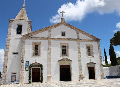 19 de setembro: Arcebispo de Évora presidiu à Eucaristia em Vila Viçosa de acção de graças pelo 25.º aniversário de ordenação sacerdotal do Cón. Francisco Couto