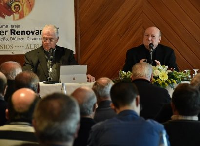 Clero do Sul: Presidente do Conselho Pontifício da Cultura defende Cristianismo em diálogo