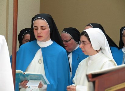 Tomada de hábito e profissão religiosa no Mosteiro de Campo Maior