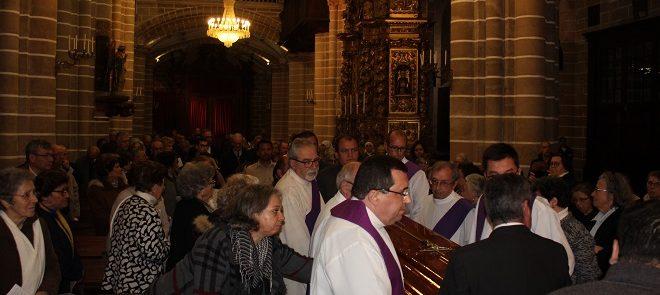 Exéquias de D. Maurílio: Álbum fotográfico da celebração de Vésperas em Évora
