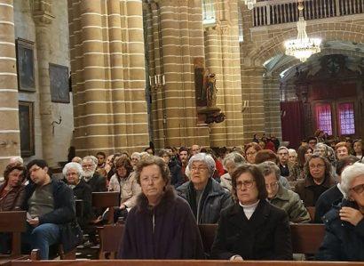 SÁBADO SANTO 2019: ARCEBISPO DE ÉVORA CELEBRA LAUDES NA CATEDRAL