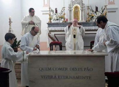 Arcebispo de Évora faz sagração de altar em Terrugem