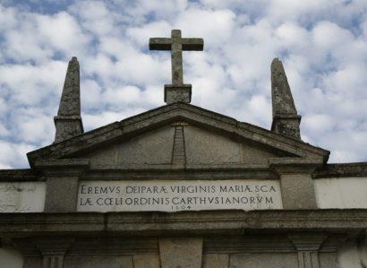 Missa na Capela exterior do Mosteiro da Cartuxa de Évora