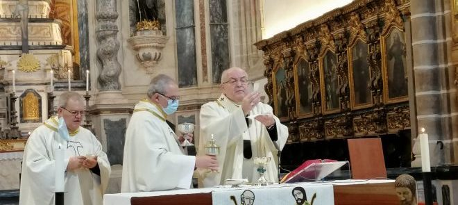 27 de dezembro: Arcebispo de Évora presidiu à Eucaristia da Festa da Sagrada Família e consagrou as Famílias diocesanas à Sagrada Família
