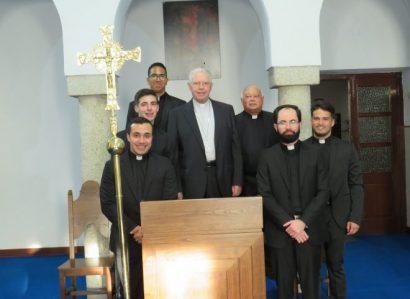 Instituição de ministérios  no Seminário Diocesano  Redemptoris Mater