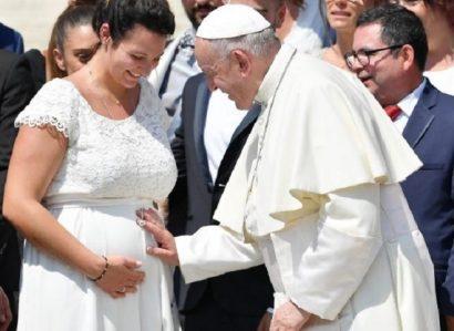 Amoris Laetitia: Sexto episódio on-line do diálogo entre o Santo Padre e as famílias